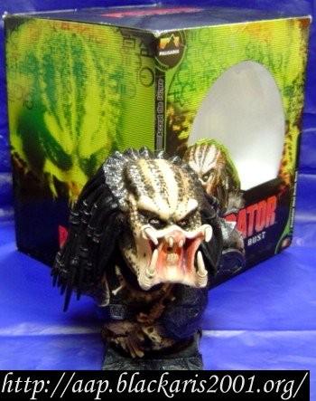Predator Mini Resin Bust