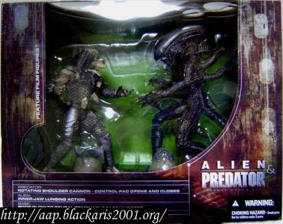 Aliens and Predator Deluxe Boxed